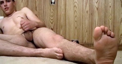Sticky Boy Feet Coated In Cum - Alexxx