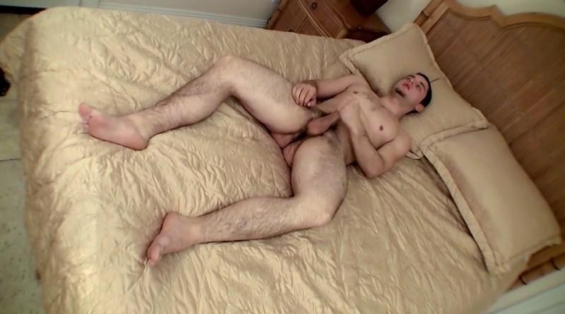 Buff Boy Feet From Below - Cage