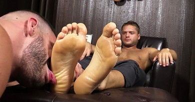 Tyrell's Sexy Feet Worshiped by Ricky Larkin - Tyrell