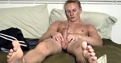 Stunning Jock Gregory Unloads Hard - Gregory