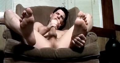 Handsome Benz And His Sexy Big Feet - Benz Johanssen