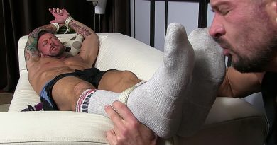 Dolf's Foot Sex Captive