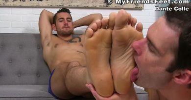 Dante Colle's Foot Photos