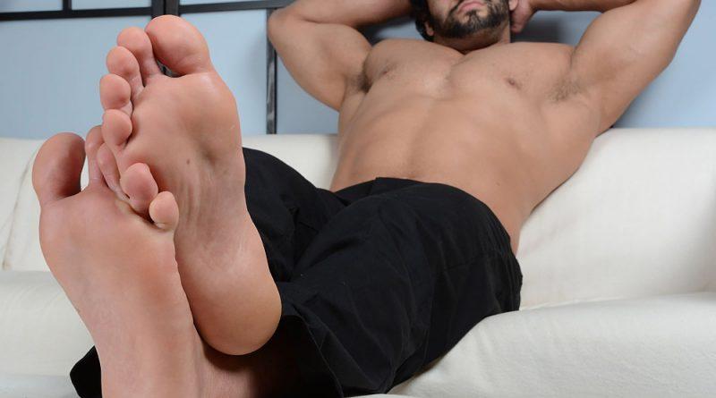 Atlas' Size 14s & Flip-Flops 6