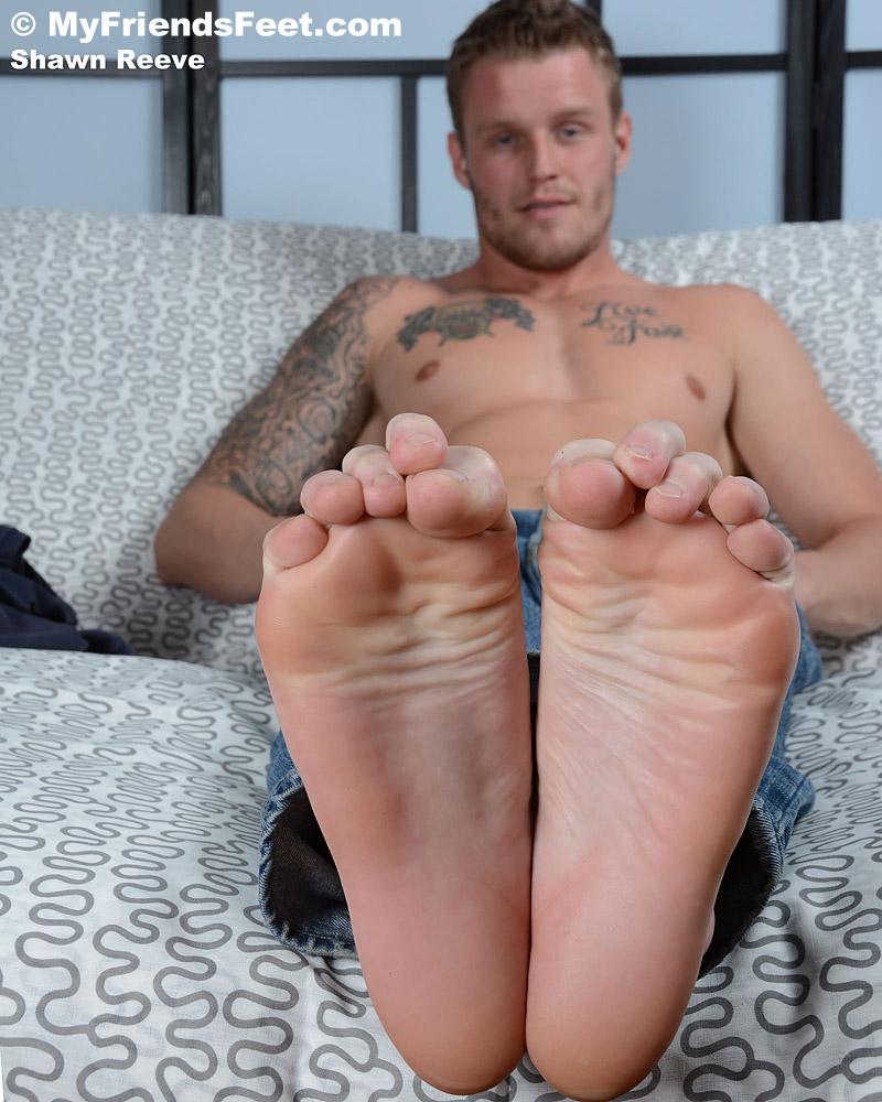 Shawn Reeve's Size 12 Bare Feet & Flip-Flops