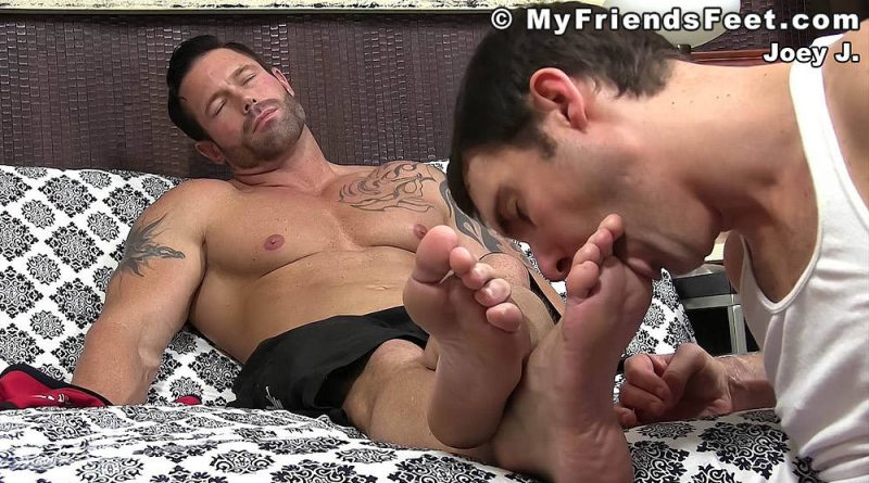 Joey J's Size 12 Gay Feet Worshiped