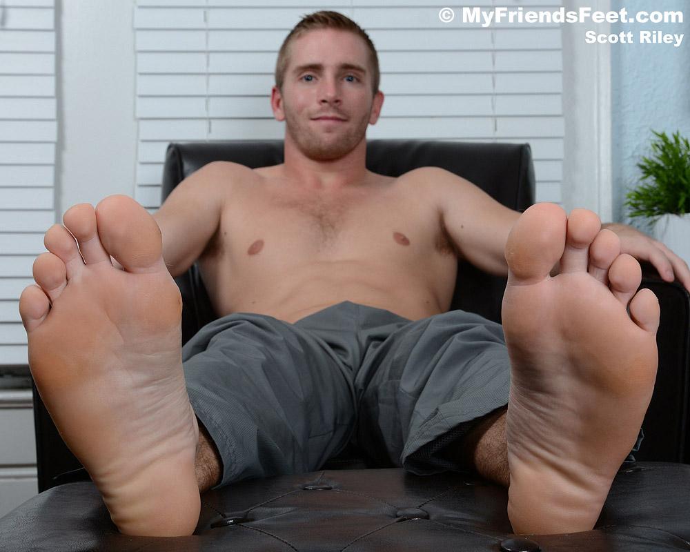 Scott Ryley's Socks And Bare Feet