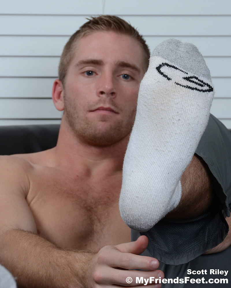 Scott Ryley's Socks And Bare Feet
