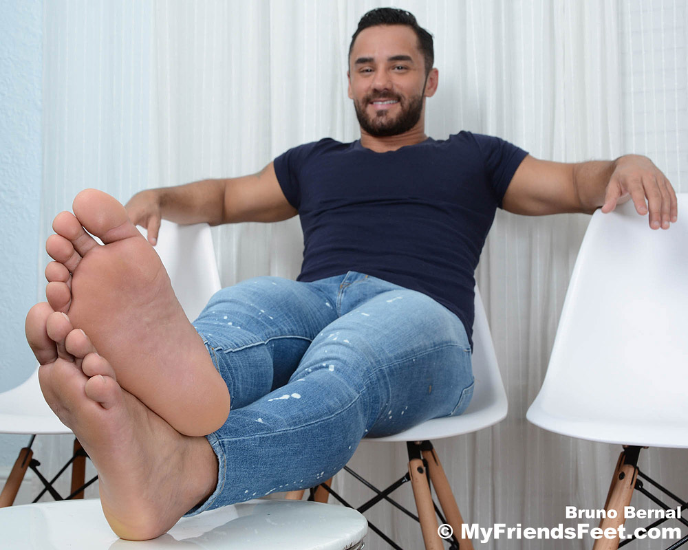 Bruno Bernal's Feet & Flip-Flops
