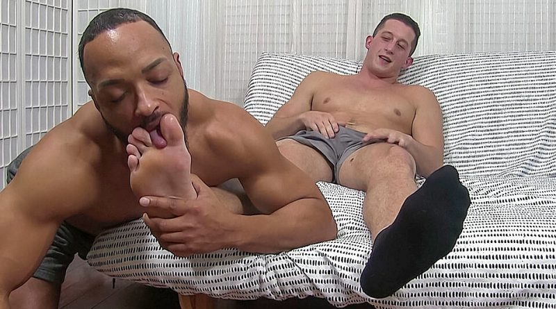 Drake's Feet Worshiped - Drake 1
