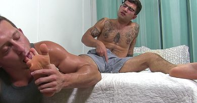 Vadim Gets Worshiped & Gives A Footjob - Vadim 1