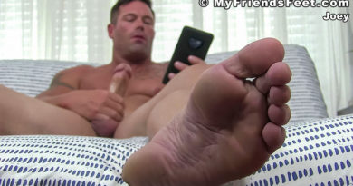 Joey J Gets Off Barefoot